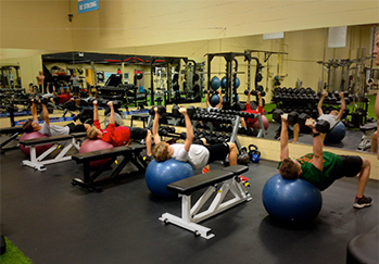 Kelowna Gyms - One Life Personal Training Kelowna - group fitness class
