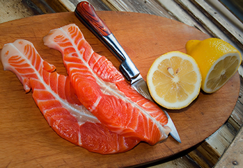 Kelowna gyms - One Life Fitness Kelowna Nutrition Plans - lean salmon
